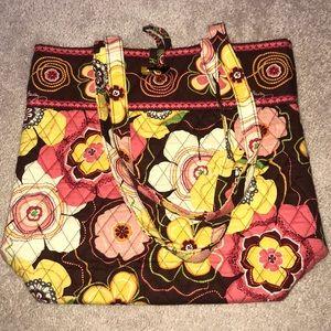 Vera Bradley shoulder tote bag.